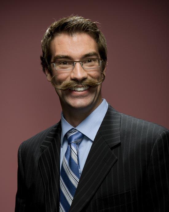 Τα πιο παράξενα μουστάκια και μούσια του κόσμου (4)