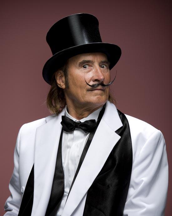 Τα πιο παράξενα μουστάκια και μούσια του κόσμου (3)