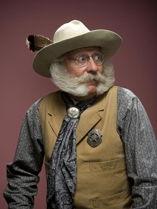 Τα πιο παράξενα μουστάκια και μούσια του κόσμου (11)