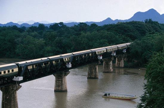 Ταξίδι με το υπερπολυτελές Eastern & Oriental Express (2)