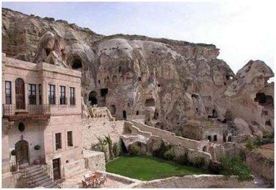 Ξενοδοχείο σε σπηλιά (2)