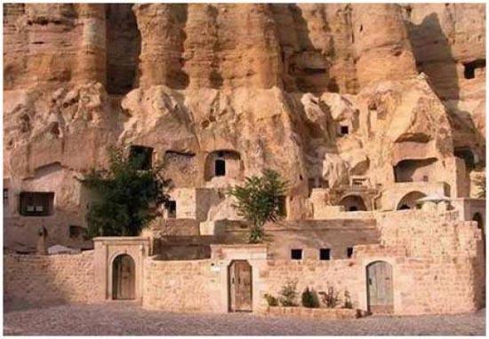 Ξενοδοχείο σε σπηλιά (4)