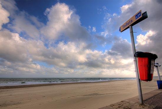 Αστείες & παράξενες πινακίδες στην παραλία (6)