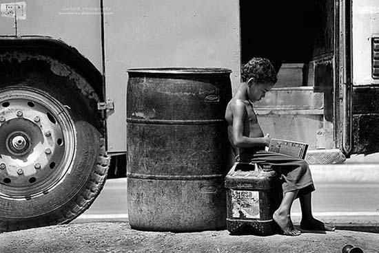 Τα πρόσωπα της φτώχειας (29)
