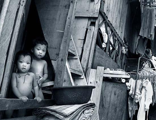 Τα πρόσωπα της φτώχειας (26)