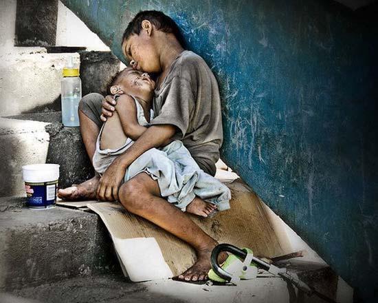 Τα πρόσωπα της φτώχειας (23)