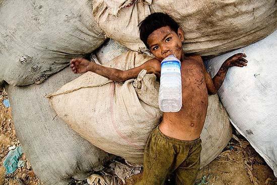 Τα πρόσωπα της φτώχειας (10)