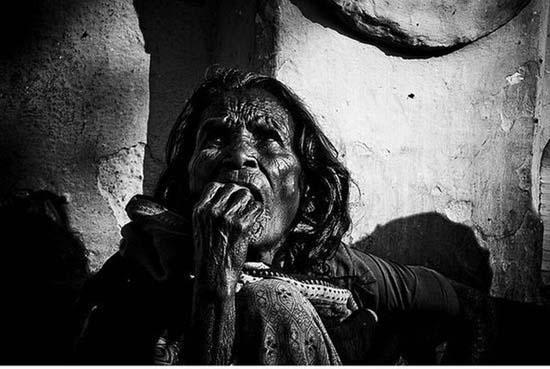 Τα πρόσωπα της φτώχειας (9)