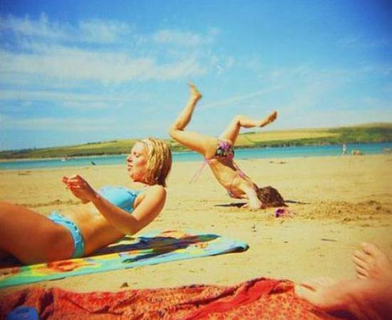 Ξεκαρδιστικές στιγμές στην παραλία (5)