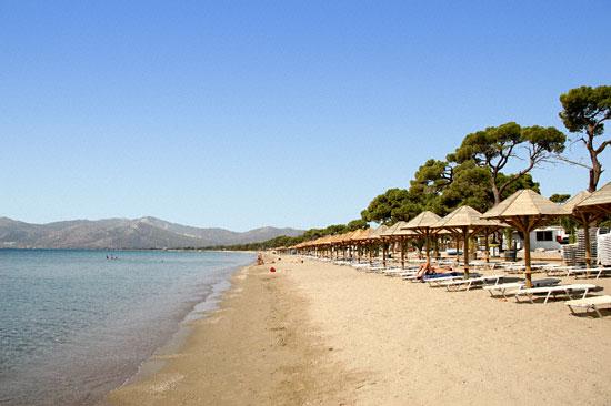 Οι 10 καλύτερες παραλίες της Αττικής