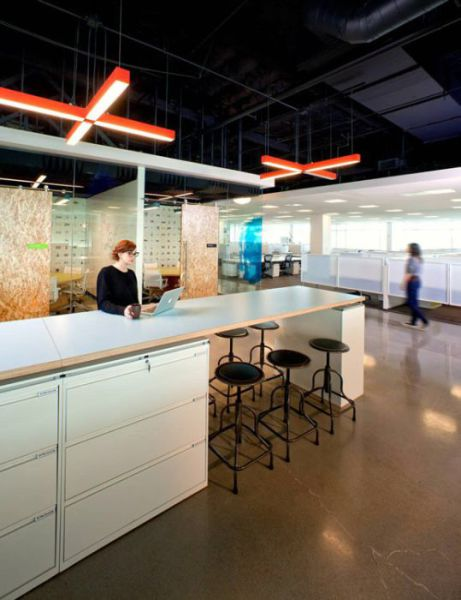 Τα κεντρικά γραφεία της AOL (6)