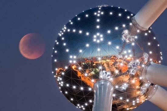 Εντυπωσιακές εικόνες από την ολική έκλειψη Σελήνης (19)