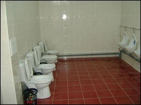 Οι 11 πιο παράξενες και αποτυχημένες τουαλέτες (7)