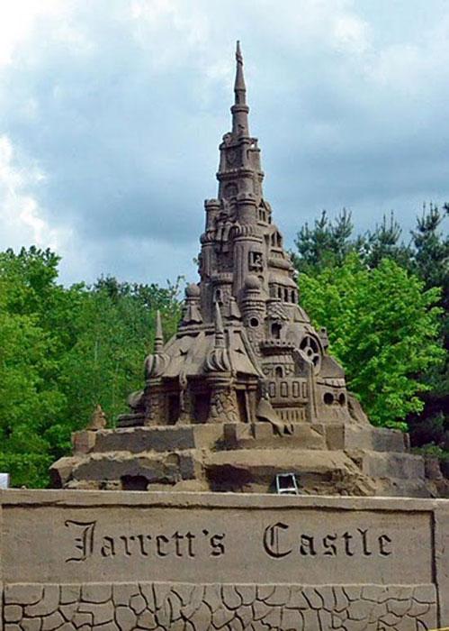 Χτίζοντας το ψηλοτερό κάστρο από άμμο (4)