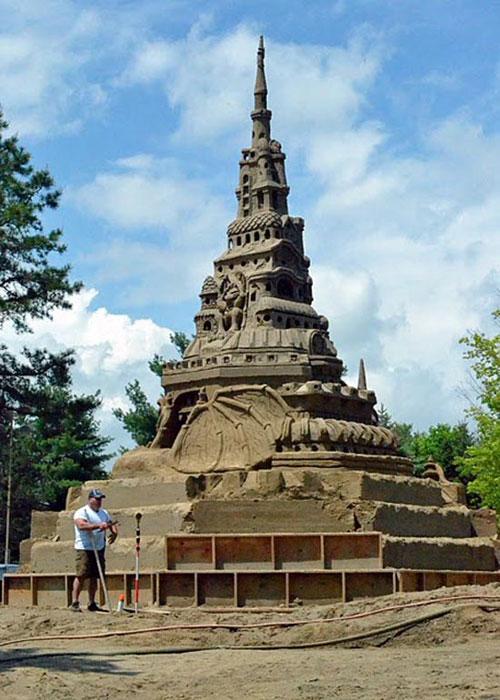 Χτίζοντας το ψηλοτερό κάστρο από άμμο (7)