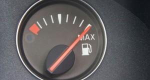 8 απλοί τρόποι για να κάνεις οικονομία καυσίμου