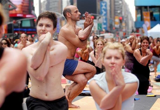 Yoga στο κέντρο της Νέας Υόρκης (1)