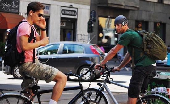 Αγόρια στους δρόμους του Μιλάνου (9)