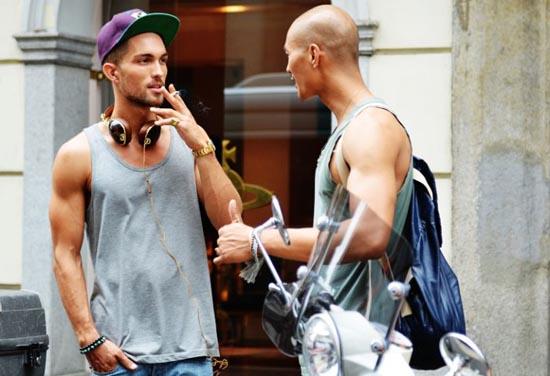 Αγόρια στους δρόμους του Μιλάνου (3)