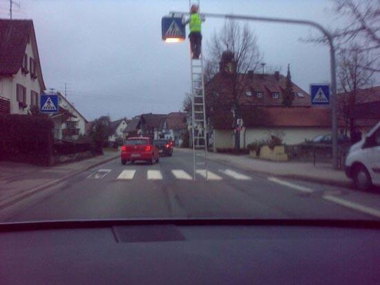 Άνθρωποι σε επικίνδυνες στιγμές τρέλας (17)