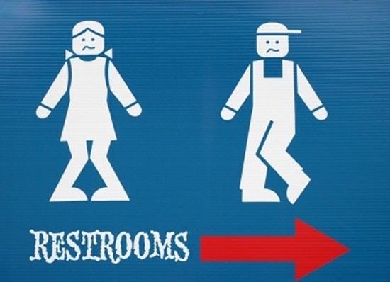 Αστεία & παράξενα σήματα σε δημόσιες τουαλέτες (19)