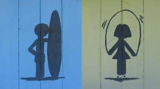 Αστεία & παράξενα σήματα σε δημόσιες τουαλέτες (4)