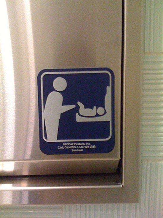Αστεία & παράξενα σήματα σε δημόσιες τουαλέτες (3)