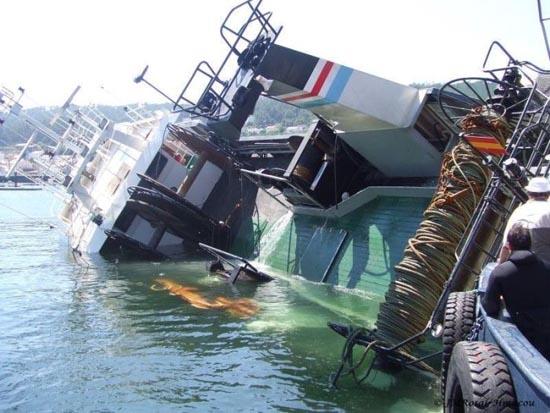 Ατυχήματα πλοίων (2)