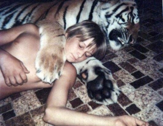 Αχώριστοι στη ζωή και στον ύπνο (19)