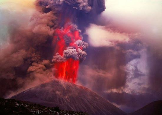 Εκπληκτικές φωτογραφίες ηφαιστειακών εκρήξεων (8)