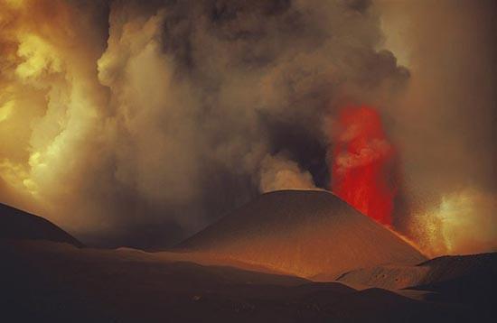 Εκπληκτικές φωτογραφίες ηφαιστειακών εκρήξεων (16)