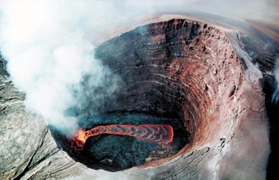 Εκπληκτικές φωτογραφίες ηφαιστειακών εκρήξεων (17)