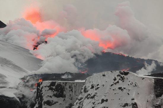 Εκπληκτικές φωτογραφίες ηφαιστειακών εκρήξεων (27)