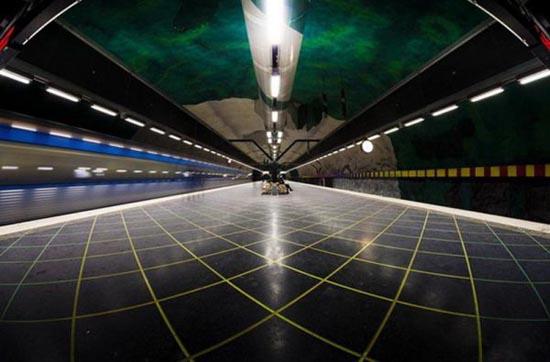 Το εντυπωσιακό μετρό της Στοχόλμης (9)