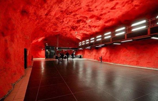 Το εντυπωσιακό μετρό της Στοχόλμης (13)
