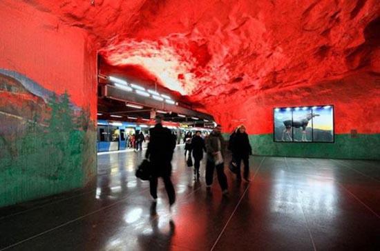 Το εντυπωσιακό μετρό της Στοχόλμης (14)