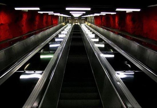 Το εντυπωσιακό μετρό της Στοχόλμης (16)