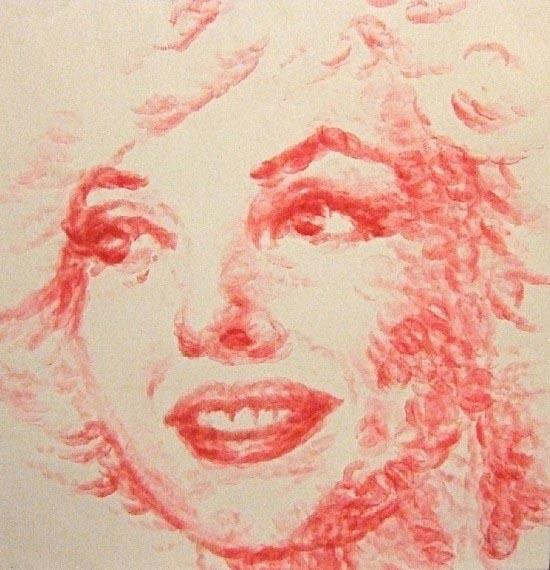 Η καλλιτέχνις που ζωγραφίζει με τα χείλη της (2)