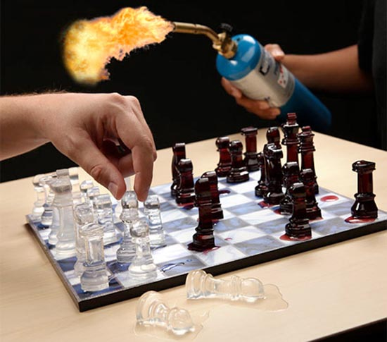 Σκάκι σε παράξενες και ασυνήθιστες μορφές (2)