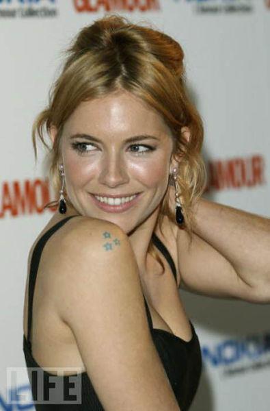 Τατουάζ διασήμων γυναικών (5)