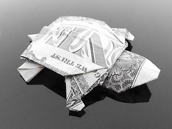 Υπέροχη τέχνη origami με χαρτονομίσματα (16)