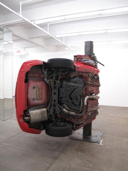 Αμφιλεγόμενη τέχνη με παραμορφωμένα αυτοκίνητα (10)