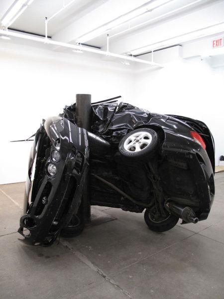 Αμφιλεγόμενη τέχνη με παραμορφωμένα αυτοκίνητα (8)
