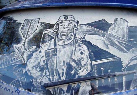 Απίστευτη τέχνη σε σκονισμένα τζάμια αυτοκινήτων (4)