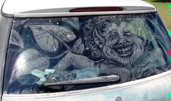 Απίστευτη τέχνη σε σκονισμένα τζάμια αυτοκινήτων (10)
