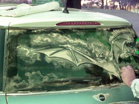 Απίστευτη τέχνη σε σκονισμένα τζάμια αυτοκινήτων (16)