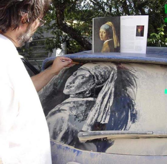 Απίστευτη τέχνη σε σκονισμένα τζάμια αυτοκινήτων (21)