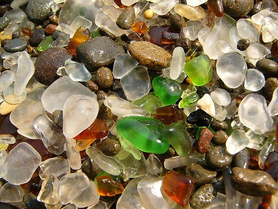 Η γυάλινη παραλία (4)