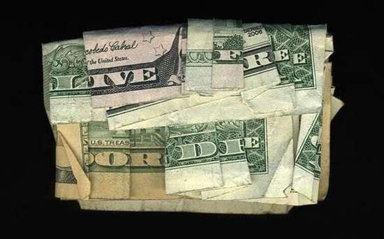 Απίστευτα μηνύματα σε χαρτονομίσματα δολαρίου (4)
