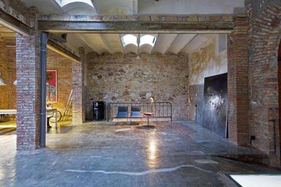 Από παλιά αποθήκη σε μοντέρνο διαμέρισμα (4)